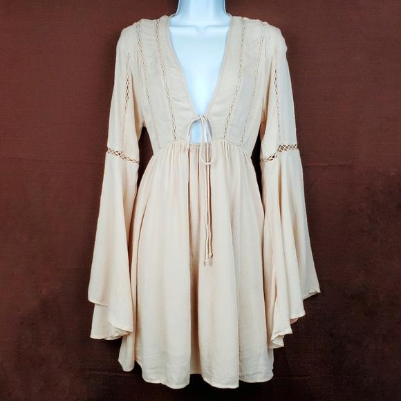 Forever 21 Dresses & Skirts - FOREVER 21 Blush Nude Boho Bell Sleeve Dress S